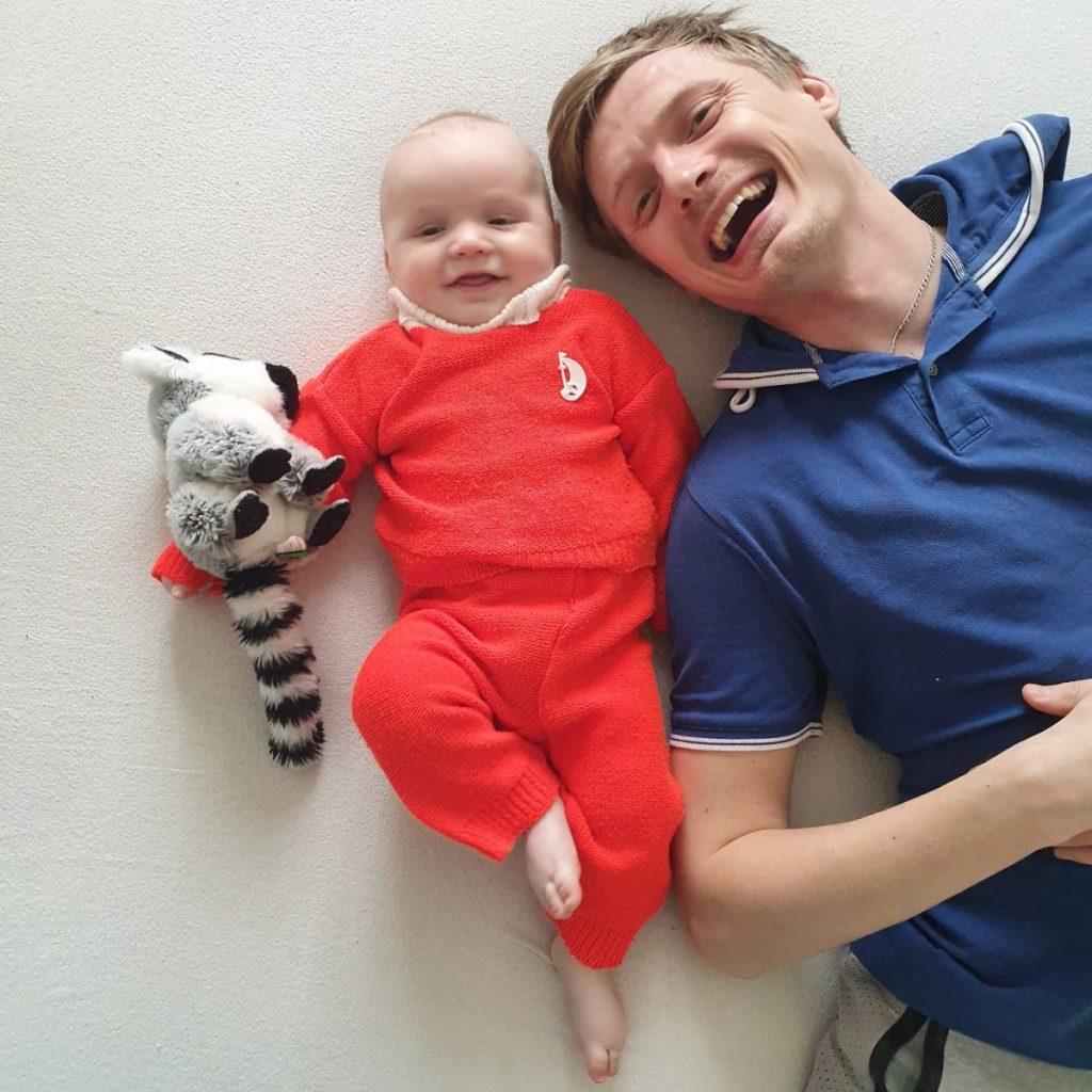 Андрей Заиченко с сыном. Фото из семейного архива