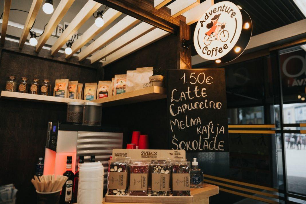 "Кофейный домик Adventure Coffee в т/ц ""Диттон"". Фото: Ирина Маскаленко"
