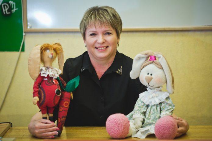 Виктория Ильяшевич, руководитель кружков по рукоделию в
