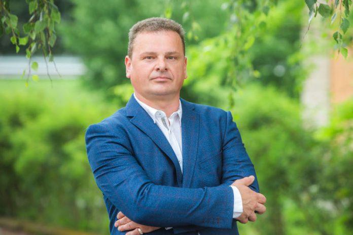 Директор похоронного агентства G.GRANTIS в Даугавпилсе Геннадий Возняк. Фото из личного архива