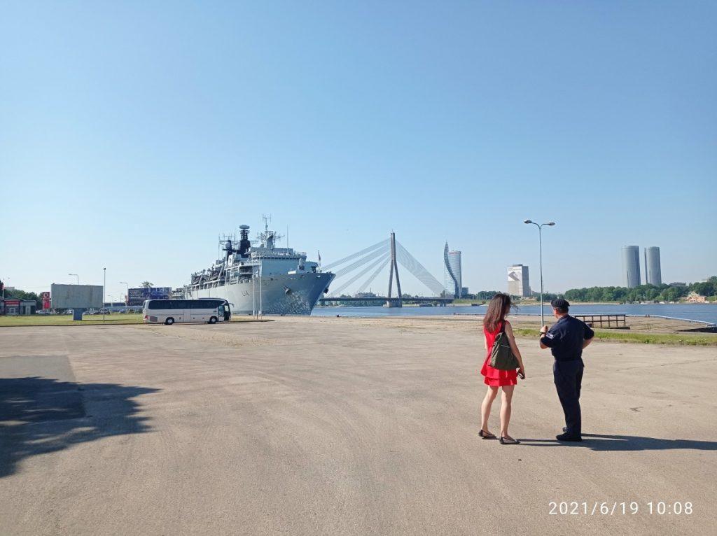 Военный корабль HMS Albion. Фото: Андрей Шаврей