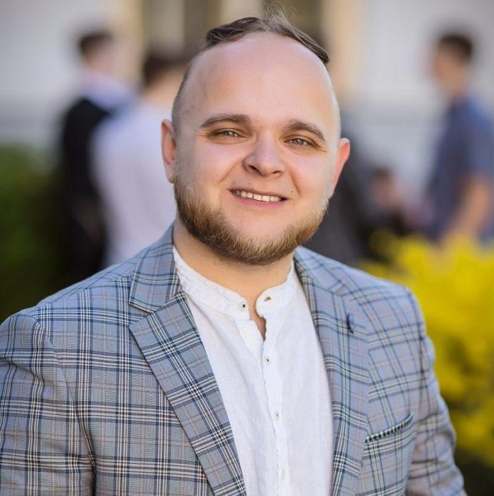 Наурис Купцов признан лучшим учителем Латвии по предпринимательству (Даугавпилсская средняя школа № 3). Фото с личной страницы на фейсбуке
