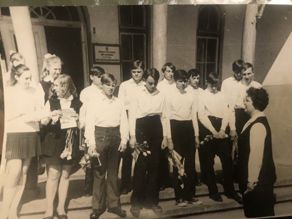 Ученики Межциемской школы. Фото из архива Яниса Аликса