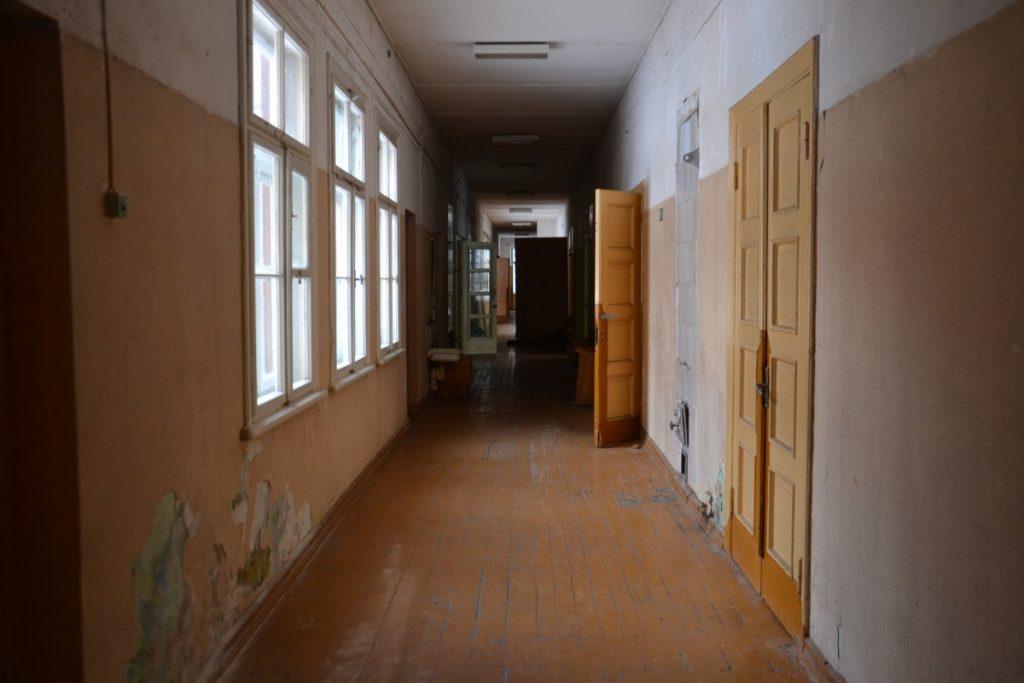 В бывшей Межциемской школе. Июль 2021 года. Фото: Елена Иванцова