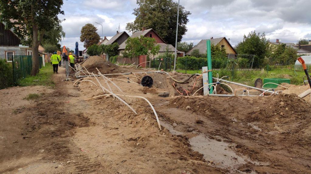 Прокладка водопровода на Юдовке. 25 августа 2021 года. Фото: Ирена Вилциня
