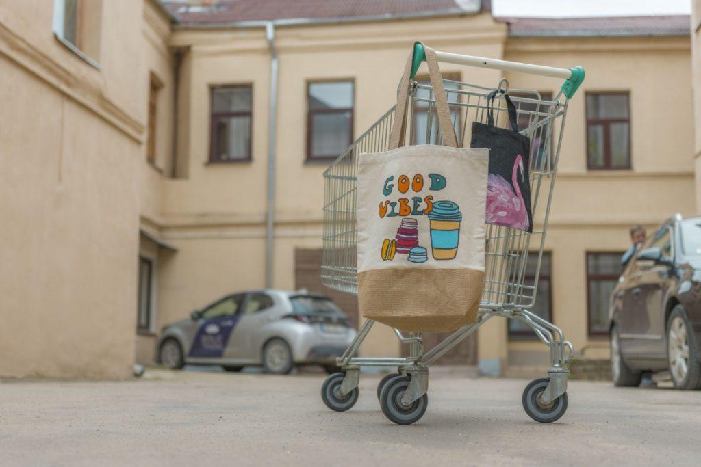 Сумка-шоппер Валентины Николаевой. Фото: Евгений Ратков