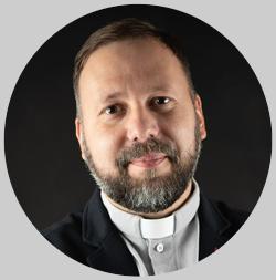 Священник католической церкви прихода Сердца Иисуса в Даугавпилсе отец Дмитрий Артёмов. Фото из личного архива