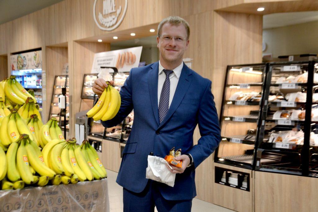 Мэр Даугавпилса Андрей Элксниньш на открытии магазина Lidl в Даугавпилсе. 7 октября 2021 года. Фото: Елена Иванцова