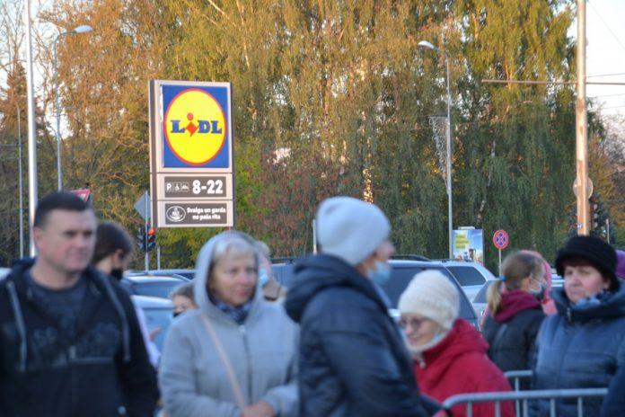 Открытие магазина Lidl в Даугавпилсе, 7 октября 2021 года. Фото: Елена Иванцова