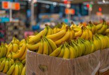 Бананы в магазине Lidl в Даугавпилсе. Фото: Евгений Ратков